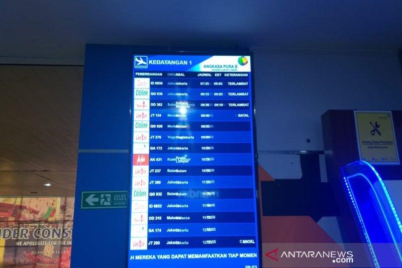 Tiga pesawat kesulitan mendarat di Bandara Pekanbaru akibat asap pekat
