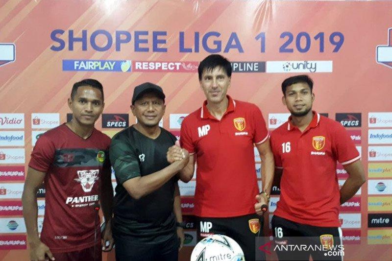 Petrovic minta pemain Badak Lampung main tanpa beban hadapi PS Tira