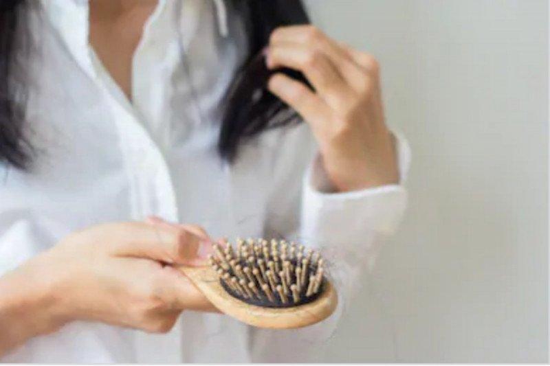 Ini alasan rambut bisa rontok karena polusi