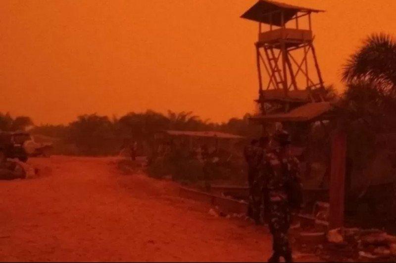 Ini penyebab terjadinya fenomena langit merah di Jambi