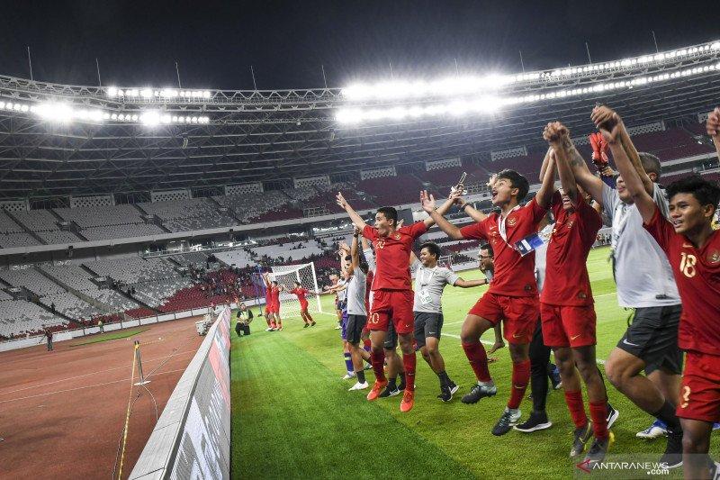 Suporter Indonesia bikin pelatih  China berdecak kagum