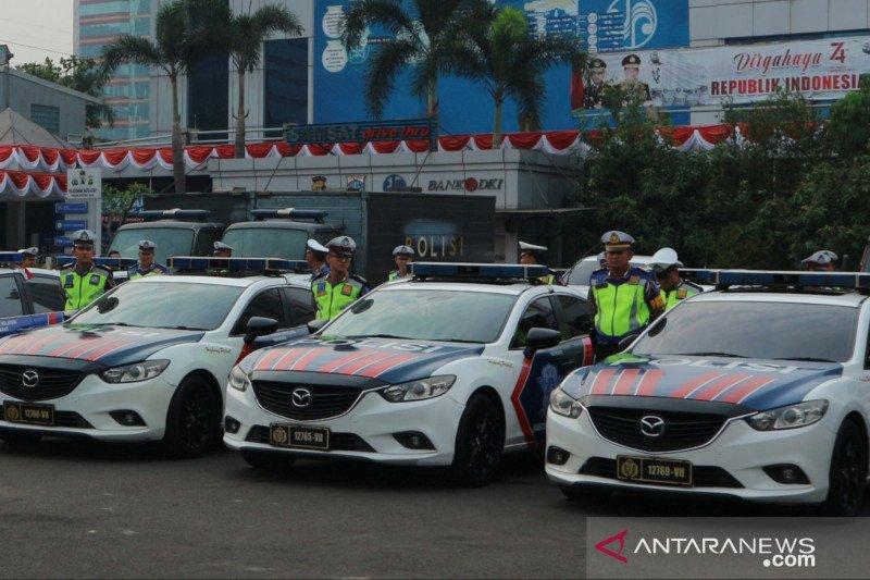 Polisi siapkan kamera tilang elektronik di mobil patroli