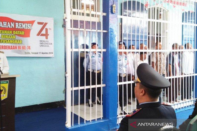 Kemenkumham Sumbar siapkan masker untuk tahanan dan napi