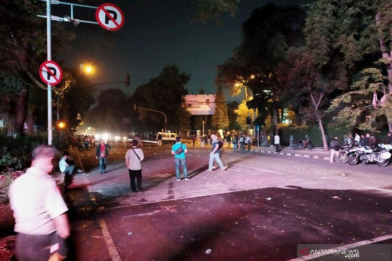 Aksi mahasiswa di DPRD Jabar bubar setelah ricuh