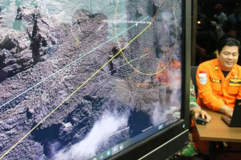 Penemuan serpihan diduga puing pesawat hilang