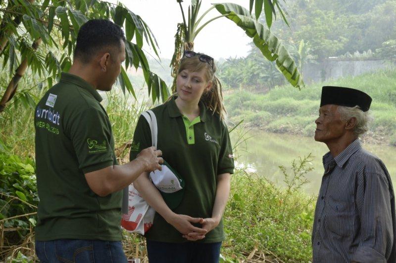 25 peneliti muda lakukan penelelitian terhadap Kota terjepit Lengkongulama Serpong