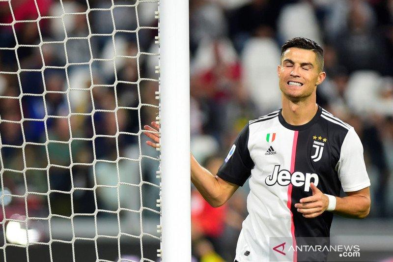 Mengalami kelelahan otot Ronaldo diragukan tampil saat lawan Brescia