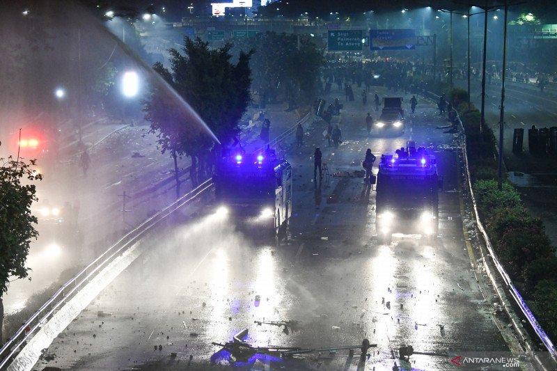 Round Up - Demonstrasi Rancangan Undang-Undang berujung ricuh di Jakarta