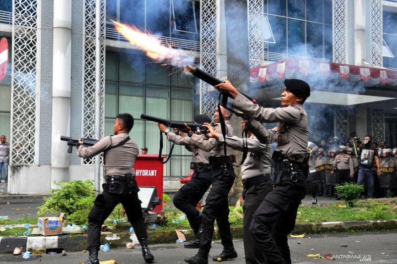 Polda Sumut amankan puluhan mahasiswa pascaunjukrasa di DPRD