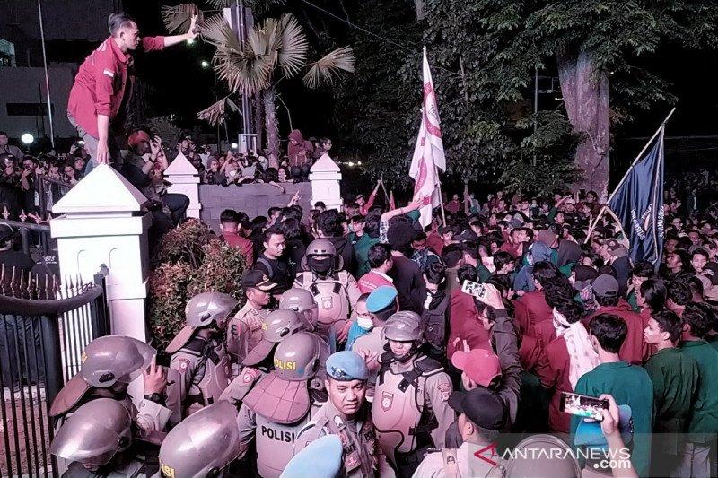 Unisba akan advokasi mahasiswanya jika diduga provokator kericuhan