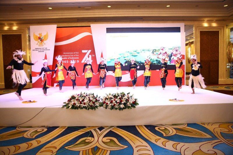 Tari Papua ditampilkan di Turki dalam perayaan HUT ke-74 RI