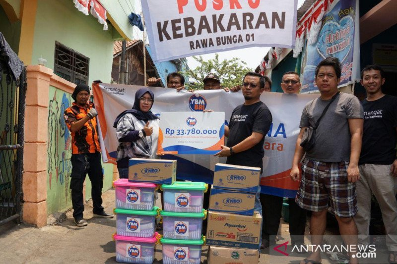 YBM BRI bantu korban kebakaran Jatinegara