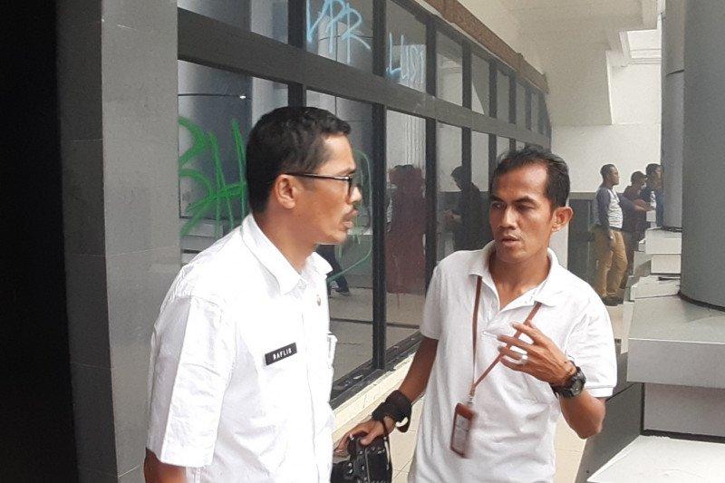 Sekwan akan laporkan perusakan gedung DPRD Sumbar kepada kepolisian
