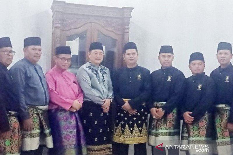 Wabup Kuansing terima gelar adat Datuk Seri Timbalan Setia Amanah