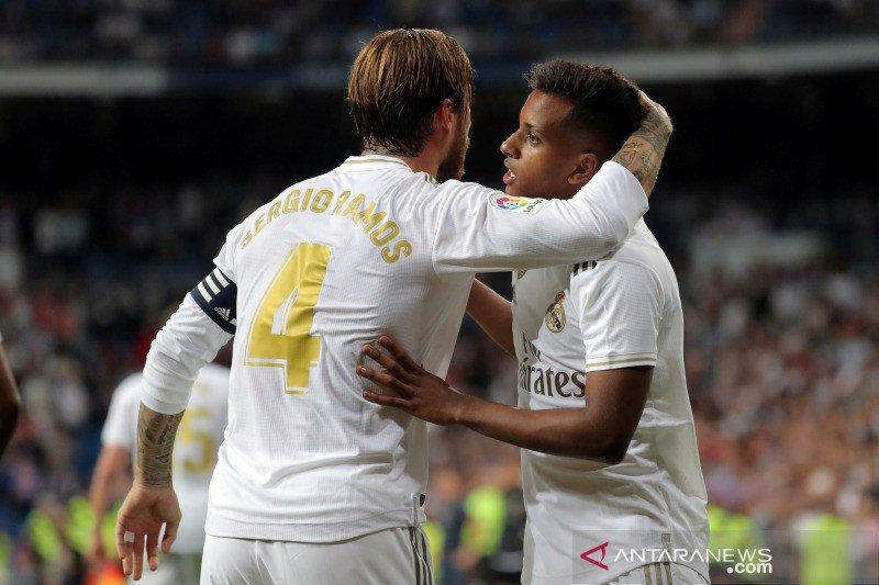 Tanpa Bale, Hazard dan Benzema, Real Madrid menang mudah atas Osasuna