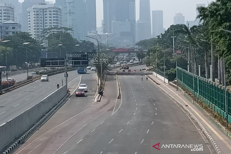 Pascakericuhan, akses Jalan Gatot Subroto depan DPR RI masih ditutup