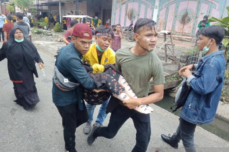 38 mahasiswa Aceh dilarikan ke rumah sakit akibat gas air mata