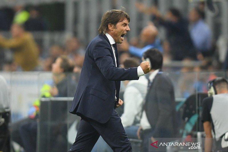 Inter Milan masih berjaya di puncak klasemen, Fiorentina menang perdana
