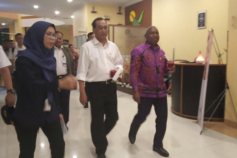 Pemerintah genjot pengembangan sejumlah bandara di Papua Barat