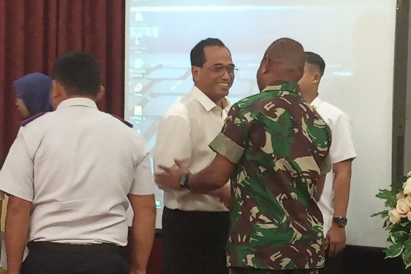 Menhub panggil sejumlah maskapai bahas penerbangan di Papua Barat