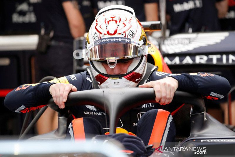 Verstappen, Kvyat terkena penalti mundur posisi start di GP Rusia