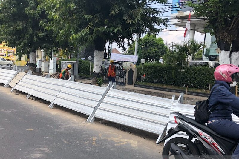 Revitalisasi pedestrian Jalan Sudirman Yogyakarta mencapai 40 persen