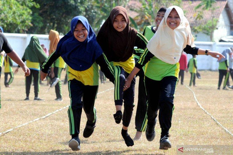Permainan Tradisional Rap Kerrapan Antara News Mataram Nusa Tenggara Barat