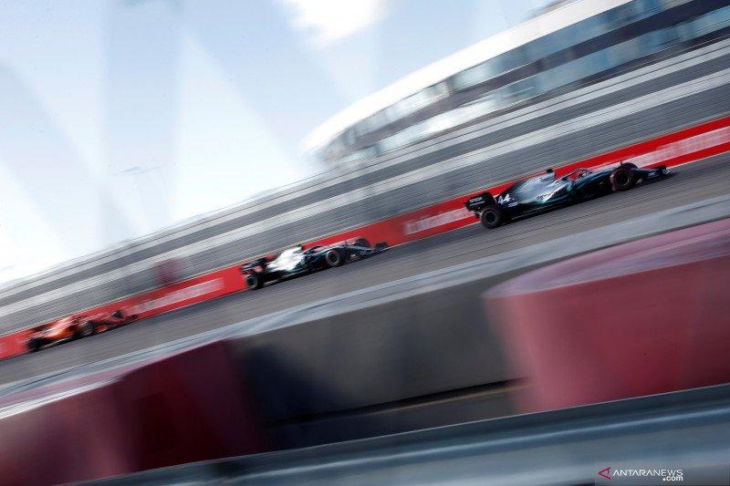 Lewis Hamilton teruskan dominasi Mercedes di GP Rusia