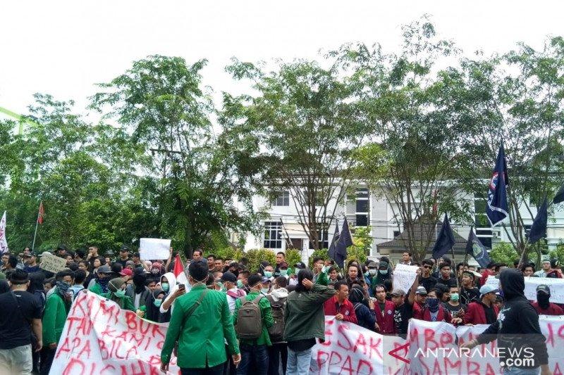 Gubernur Kalbar apresiasi unjuk rasa mahasiswa berjalan tertib