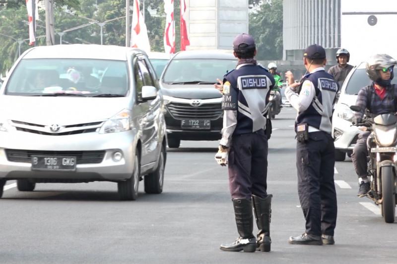Polda Metro Jaya terjunkan 750 petugas dukung sistem ganjil genap