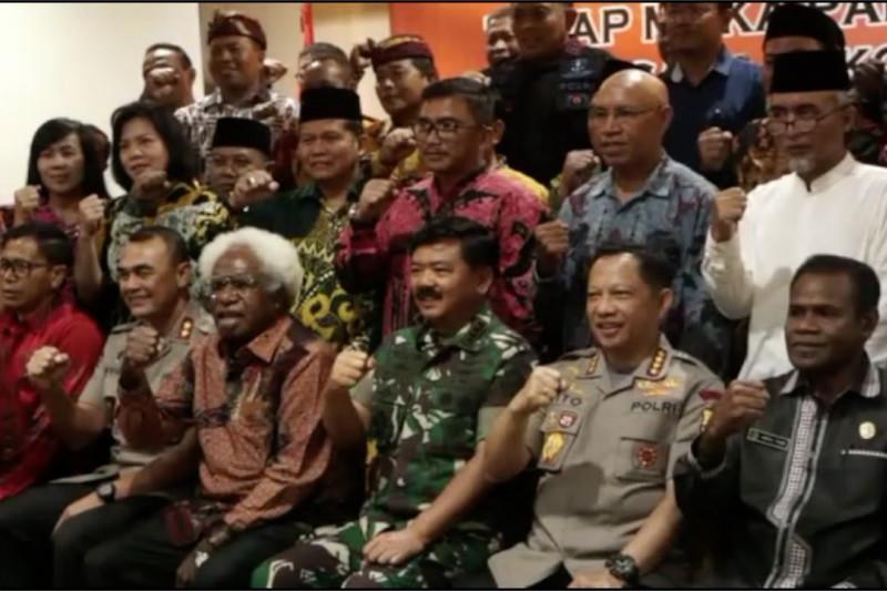 Panglima TNI dan Kapolri rangkul tokoh lintas  agama damaikan Papua