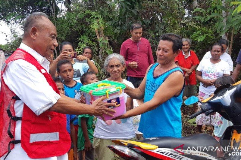 PMI kirim logistik ke lokasi terisolasi untuk korban gempa Ambon