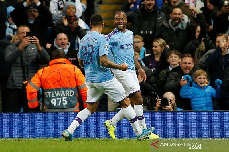 """Dua gol """"supersub"""" antar Man City puncaki klasemen Grup C"""