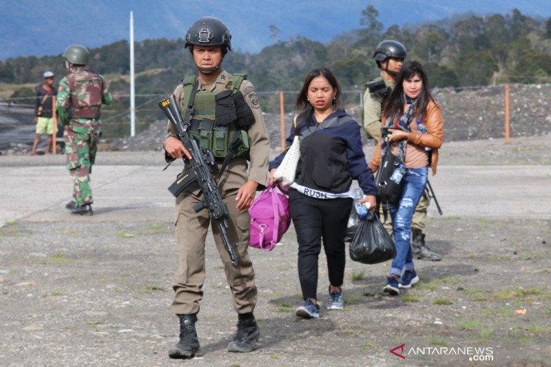 Ketakutan pada kelompok bersenjata dorong warga mengungsi dari Ilaga
