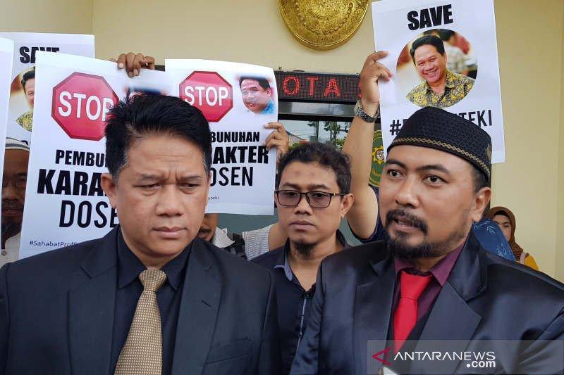 Prof. Suteki nilai jawaban gugatan Rektor Undip mencederai perasaan