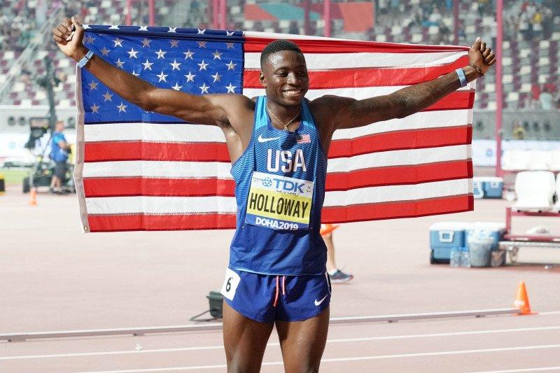 Grant Holloway raih juara lari halang rintang 110m putra