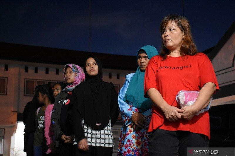 Malaysia deportasi 71 pekerja migran bermasalah melalui Entikong