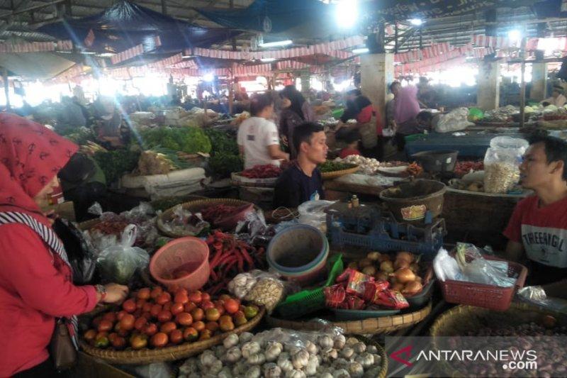 Harga bawang putih dan merah di Cianjur mulai normal