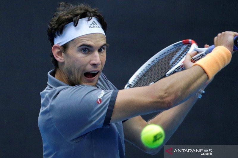 Peringkat Murray naik lebih dari 200, Djokovic bertahan di puncak