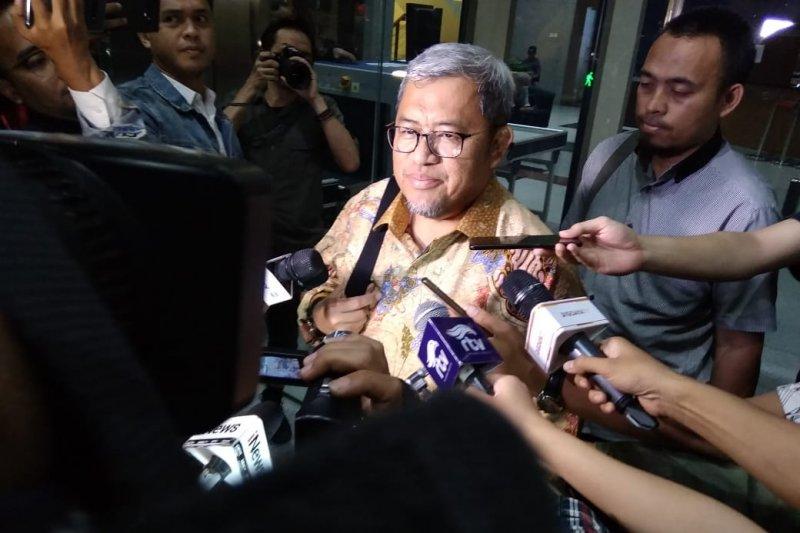 Aher mengaku dikonfirmasi dua hal saat pemeriksaan kasus suap Meikarta