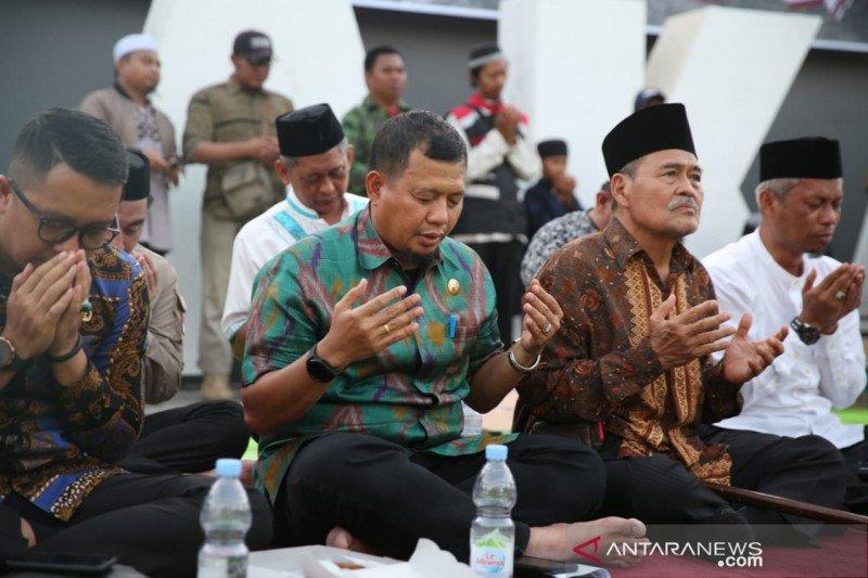 Doa bersama digelar untuk korban kerusuhan Wamena di Losari Makassar