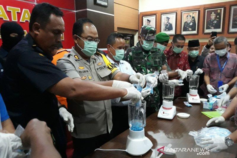 Polres Karimun musnahkan 3.839 butir pil ekstasi