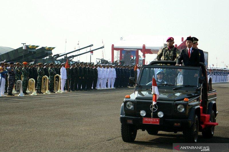 Pemerintah tambah jabatan perwira TNI dan naikan anggarannya