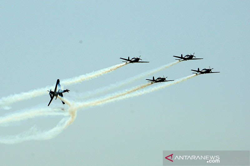 Pesawat latih KT-1B Wong Bee TNI AU jatuh, pilot selamat
