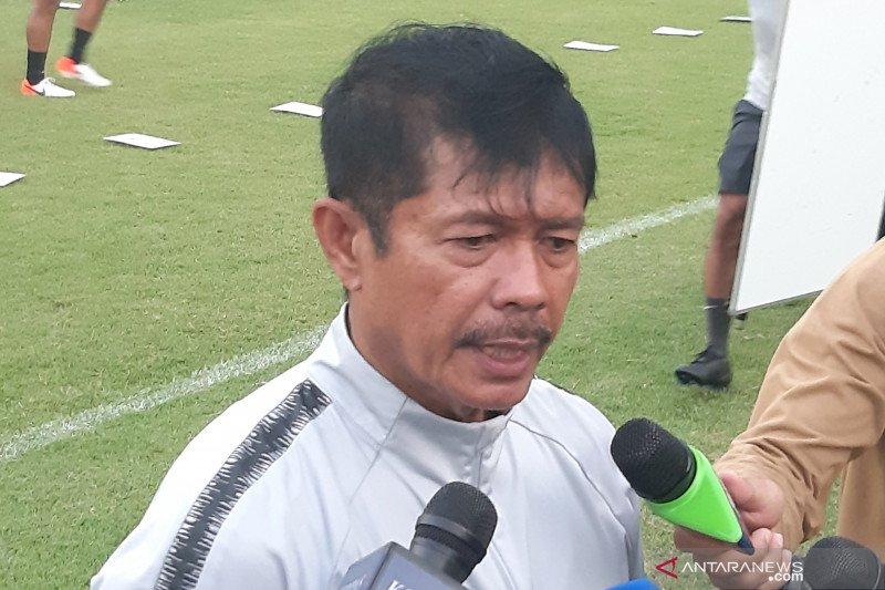 Pelatih Indra Sjafri berharap menpora selaraskan hubungan dengan PSSI