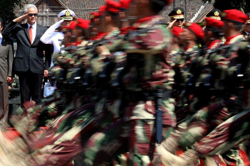 Ganjar berharap TNI terus jadi garda depan NKRI