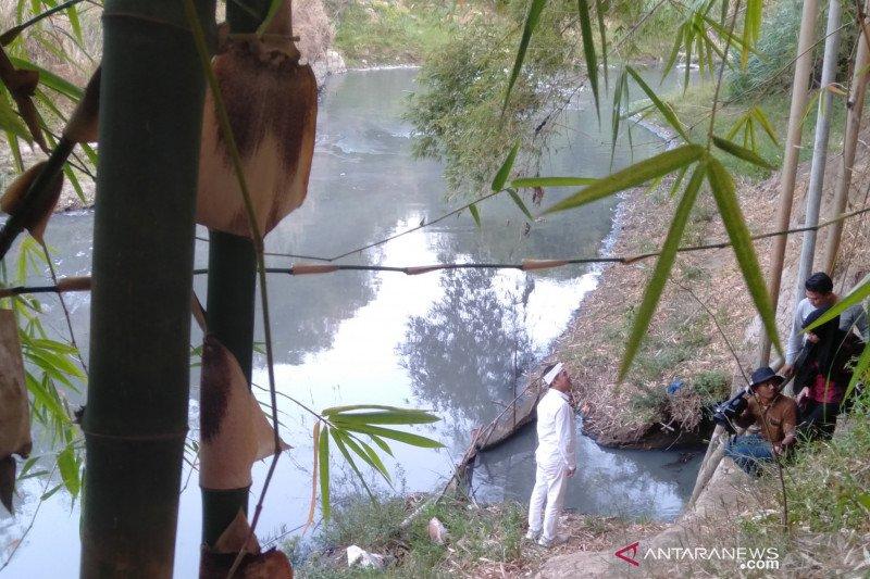 Dedi Mulyadi siap ajukan gugatan 'class action' atas pencemaran Sungai Cilamaya
