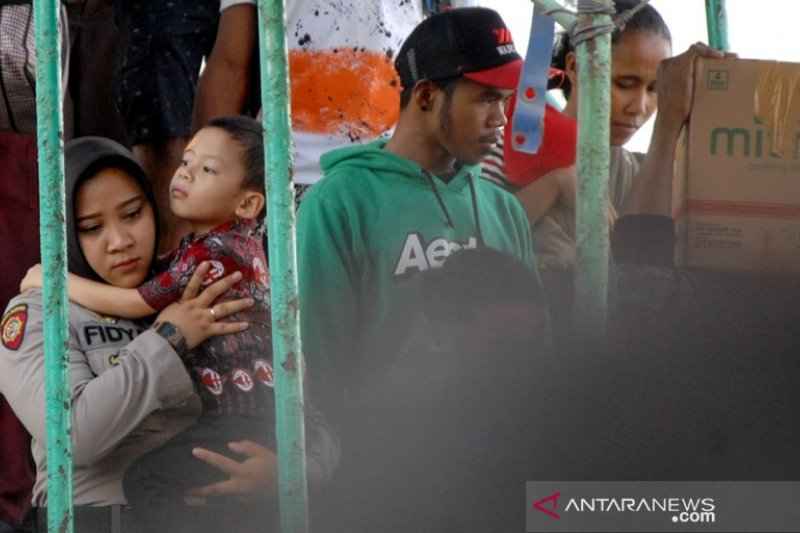 Pengungsi konflik Wamena Foto Page 1