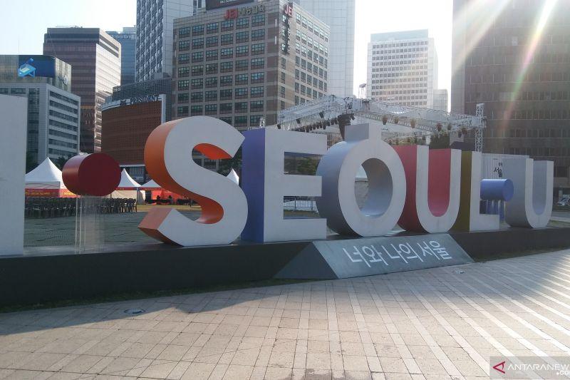 Jalan-jalan seharian di Seoul tanpa kuras isi kantong ada di sini