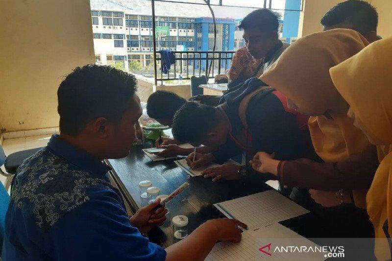 BNN Sulawesi Tenggara tes urine calon wisudawan IAIN Kendari